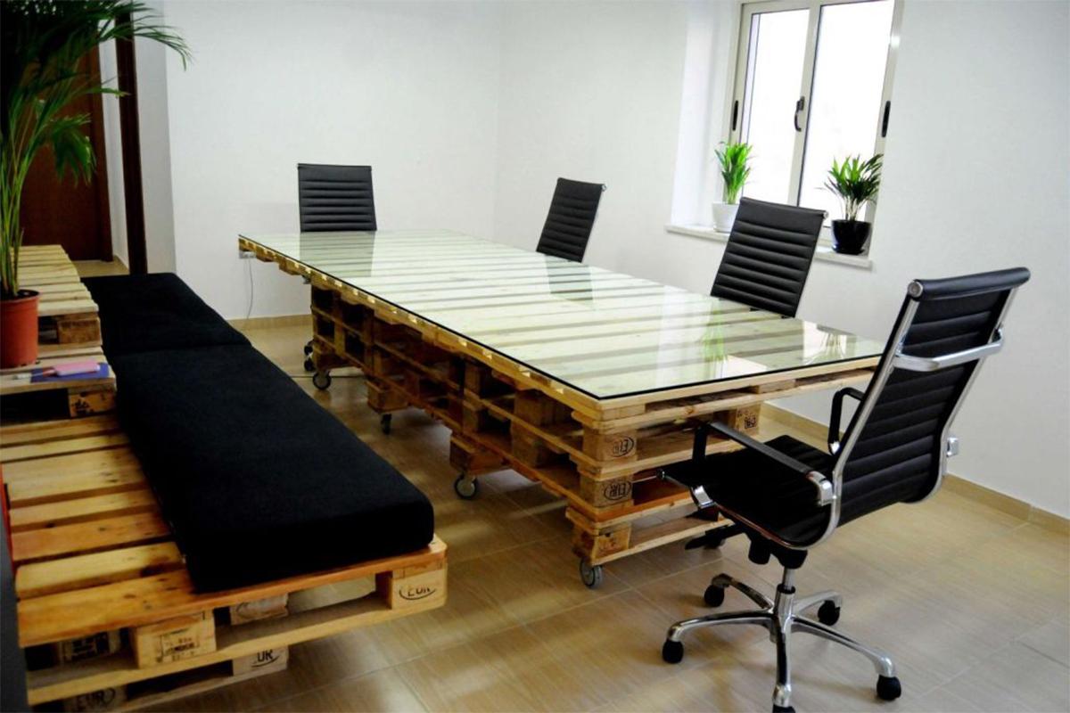 компьютерный стол с бюро