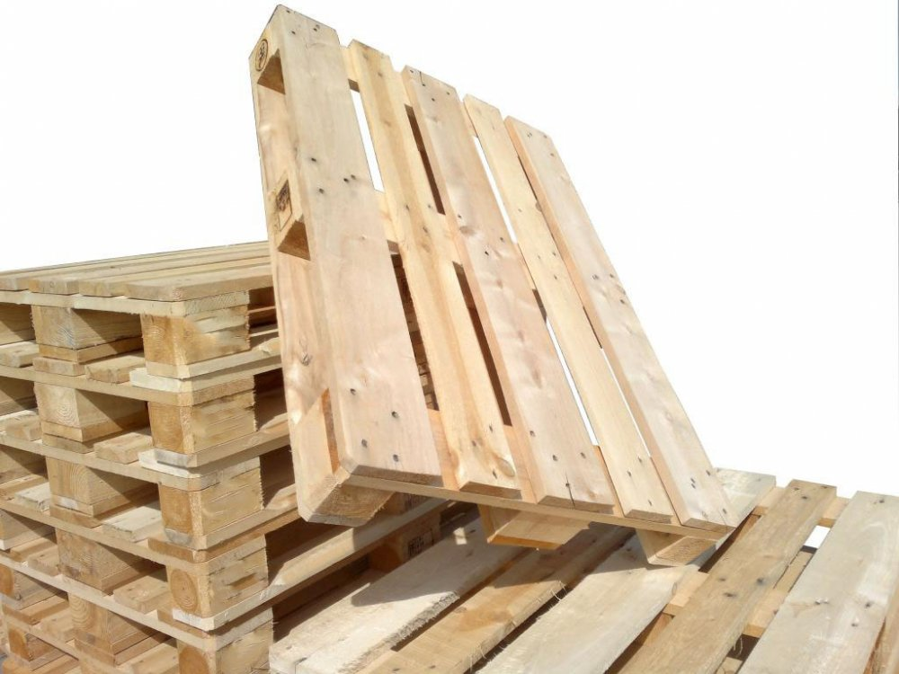 Широкий выбор деревянных паллет